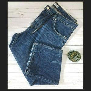ZARA hi-rise boyfriend jeans